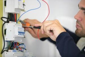 Thợ sửa điện tại nhà quận 1 tphcm