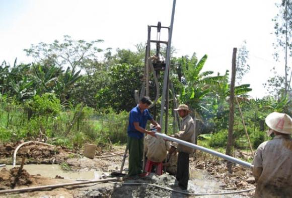 Thợ khoan giếng ở tại tphcm - Chuyên khoan giếng công nghiệp - Khoan giếng gia đình Gọi 0974574836