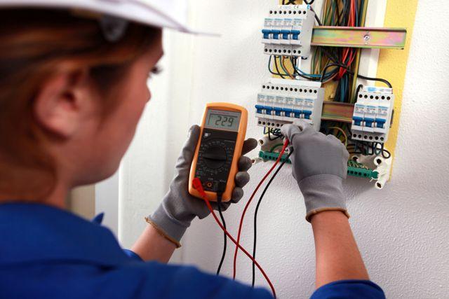 Thợ sửa điện tại nhà quận 9 Hotline 0932489685