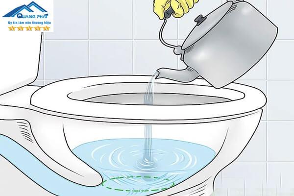 15 Cách thông bồn cầu tại nhà đơn giản, cực kì hiệu quả